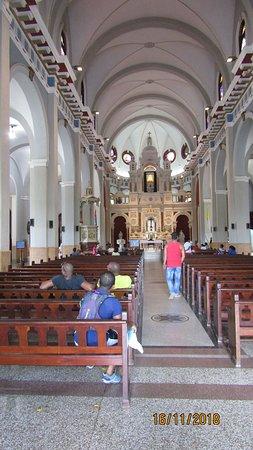 El Cobre, Куба: Interno della Cattedrale