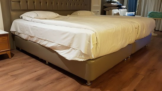 Sueno Hotels Deluxe Belek: Lieblos gemachte Betten 3 Wochen lang