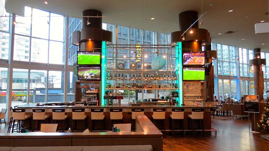 ‪‪Vancouver Marriott Pinnacle Downtown Hotel‬: Lounge‬