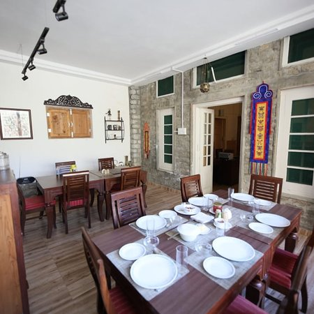 Stunning mountain views , old world charm and top notch service