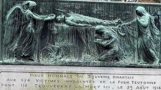 Œuvre, l'Assaut en hommage au 674 victimes innocentes