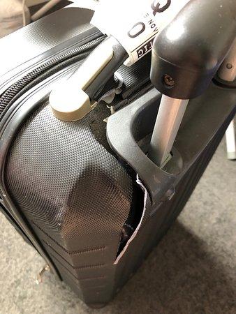 Qantas's bag handling expertise