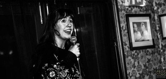 Kat Molinari comedian live on Pros and Coms