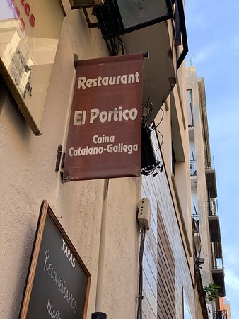 Delicious food. Great service. Inexpensive. Perfect stop between Park Guell and Sagrada Familia.