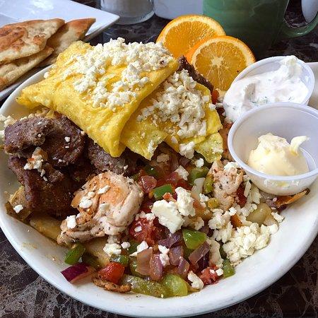 Kenmore, NY: Eggsperience Vasili's Restaurant