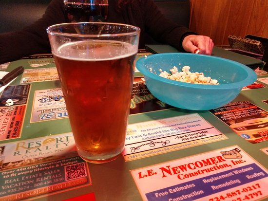 Connellsville, PA: Draft beer and popcorn