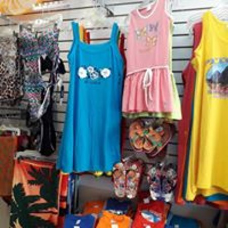 Our selection of beach dresses in all sizes and beach slippers