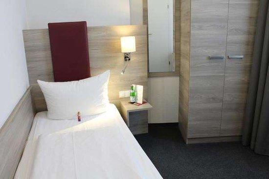 Single room TOP Hotel Hohenstaufen Koblenz
