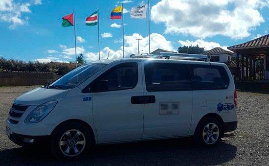 Chauffeur Bogota: Transport in Executive van