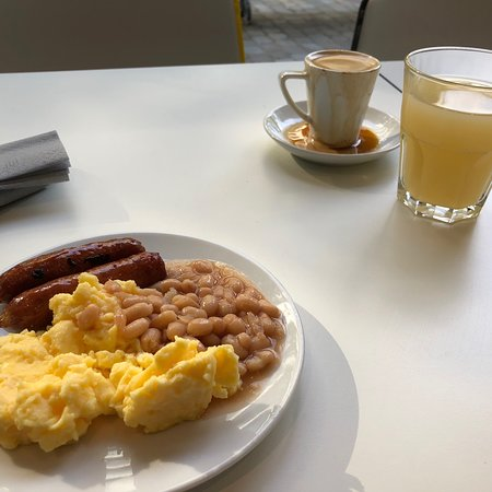 This is some of the breakfast items on offer. Not particularly inspiring at all. Coffee gets pass marks.