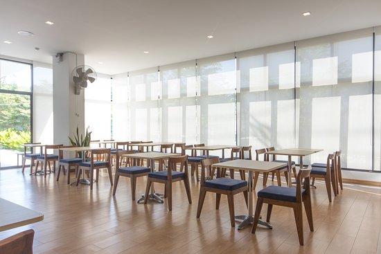 Donchan Grand Hotel: breakfast room