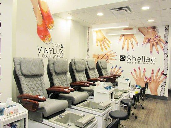 Regal Nails Salon & Spa (Baton Rouge