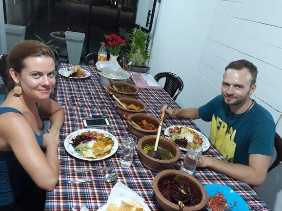Sonya's Health Food & Restaurant: Vera & Tomas