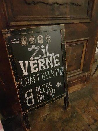 Zil Verne: Great craft beer bar