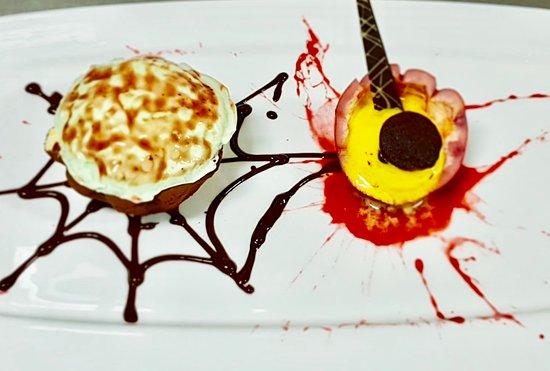 Saigon Princess - Unique Luxurious Dining Cruise: Halloween dessert | Bloody Lemon Pie