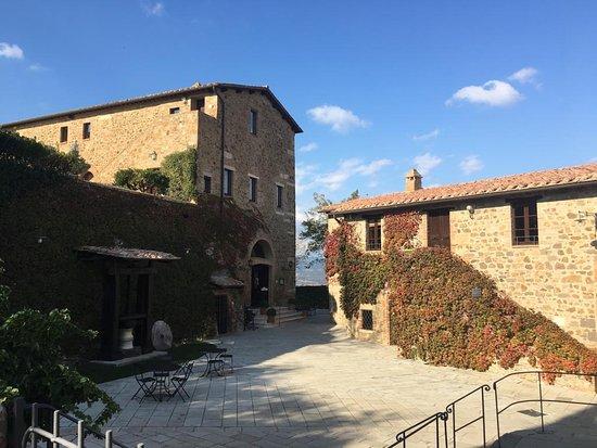 Poggio alle Mura, Italië: Castello Banfi La Taverna