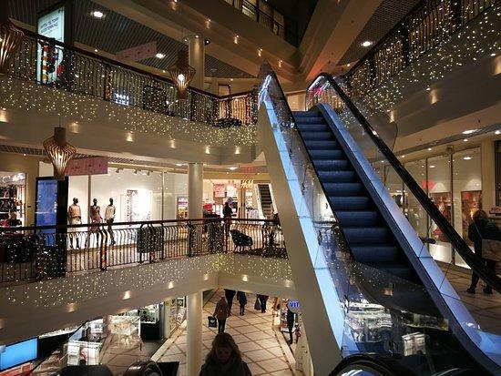 Nerstranda Shopping