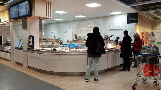 Restaurant Ikea Evry : Côté vente à emporter.