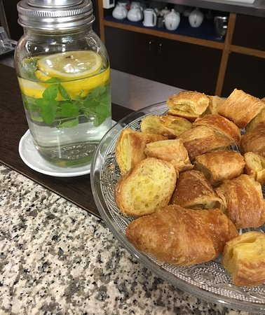 Saccardi Coffee Food & Wine: Bar
