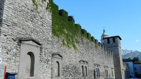 Mura della Città di Rovereto: IN via delle fosse