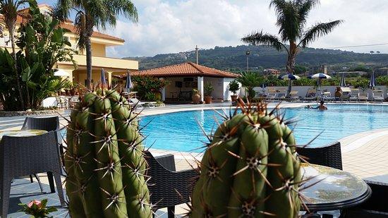 serata calabrese – na slici je Damanse Hotel, Ricadi