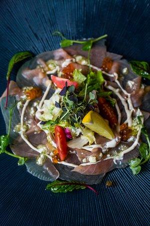 4 Pory Roku: Carpaccio z tuńczyka (Tuna Carpaccio)