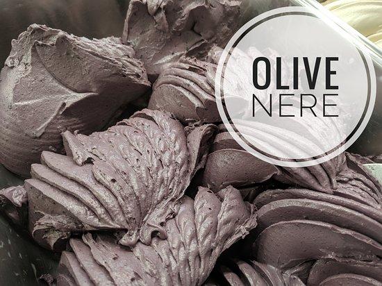 Elleboro Fior di Gelato: Olive nere
