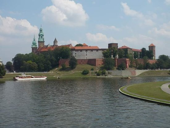 ‪Krakow private tours, transfers & apartments‬