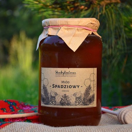Skarby Roztocza- table number 15. Definitely the best natural honey i have ever try. And it was at Stary Kleparz Market in Krkaow. When I saw these sweet photos on their online store www.skarbyroztocza.com I had to rate them here. Best souvenirs from Krakow!