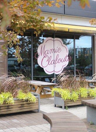 Mamie Clafoutis Île des soeurs