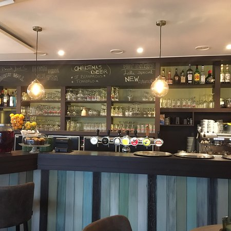 Smash Cafe: Vernieuwd interieur