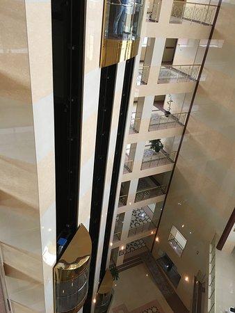 Reception lift..