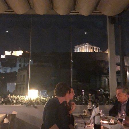 Στροφή - Εστιατόριο με θέα στην Ακρόπολη