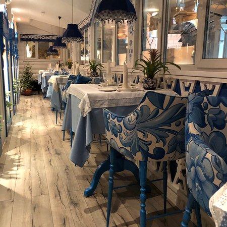 Russkiy Dvorik Restaurant: Купеческий зал