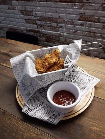 Pollo Crispy y su deliciosa saldan BBQ casera