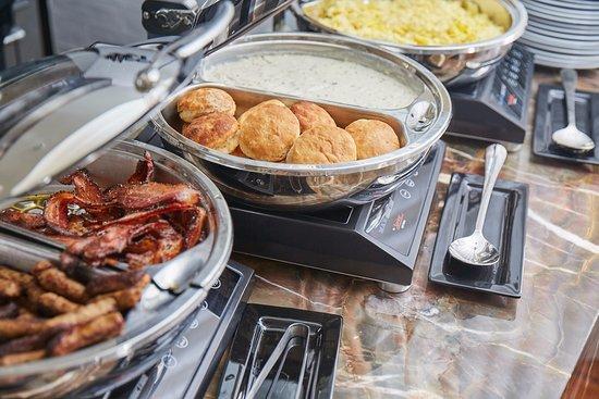 Hotel Bella Grace: Breakfast Buffet in the Historic Delaney House