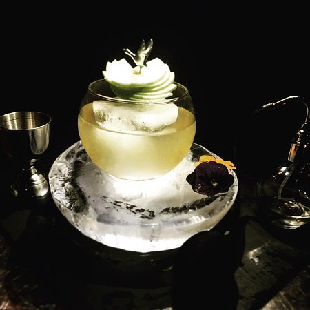 APPLE BLAST Cocktail by LOFT