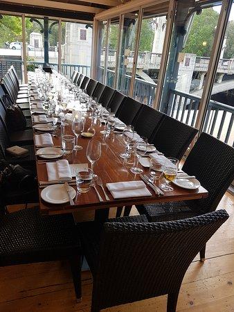 Jolleys Boathouse Restaurant : Setting