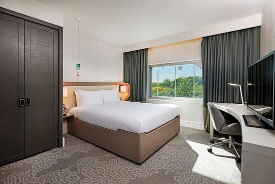 Convenient For Short Stay Near Terminal 4 Review Of Hilton London
