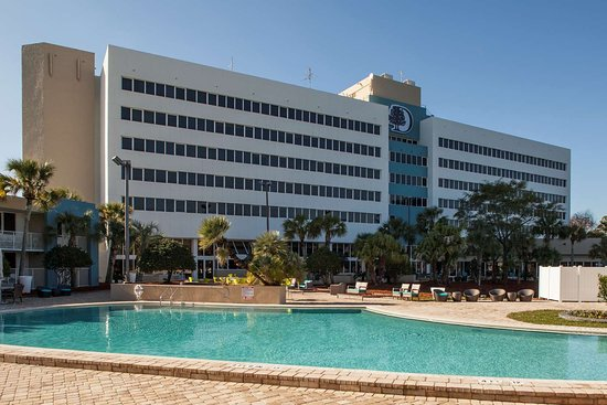 Doubletree by Hilton Jacksonville Airport Hotel
