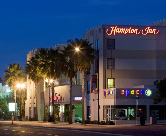 Hampton Inn San Diego - Downtown Hotel