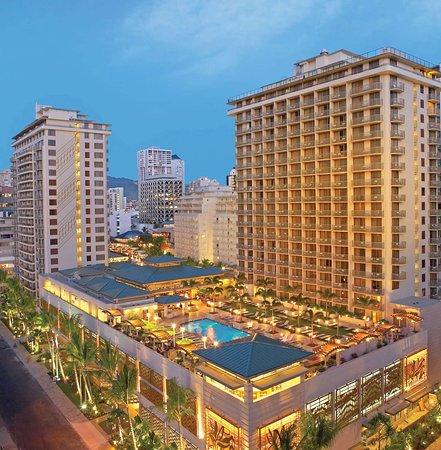 Embassy Suites By Hilton - Waikiki Beach Walk Hotel