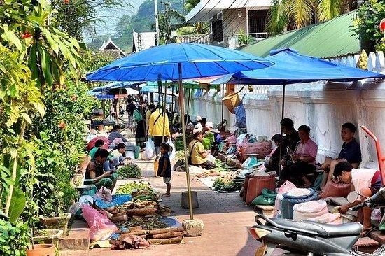 琅勃拉邦城市游和湄公河游轮到Pak Ou Caves
