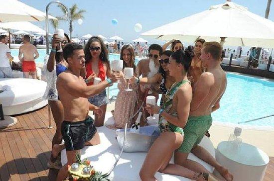 マルベージャアピウムビーチクラブ - 本当にラグジュアリーなラウンドベッド4…