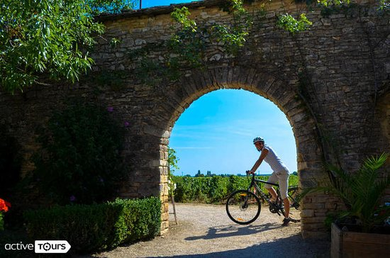 Guided week Bike Tour in France...