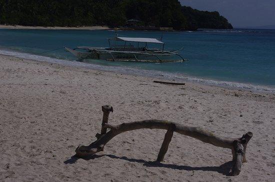 Matnog, الفلبين: Subic Beach, Calintaan Island