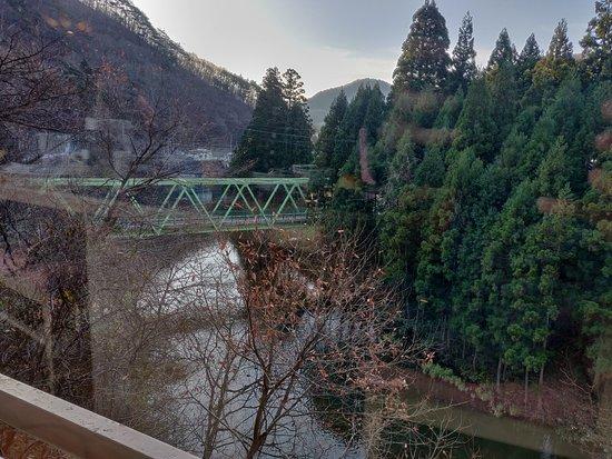 Yunomori Hotel Shidotaira: 日式餐廳外景觀,紅葉見頃風光一絕
