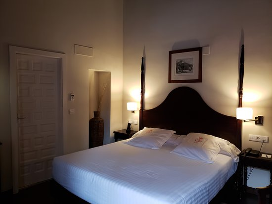 Quiet and comfortable hotel