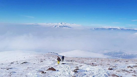 """Арагацотн, Армения: Aragats is the highest mountain of Armenian Highland. It has four main peaks, the highest of which is the Northern one with the height of 4090 meters. Nicetours always organize the safest tours in Armenia. Come to explore winter in Aragats Mountain and taste Armenian popular dish """"Xash"""". Explore the wonderful and hospitable Armenia with us."""