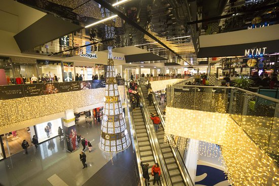Okay For A Shopping Centre Experience Centro Commerciale